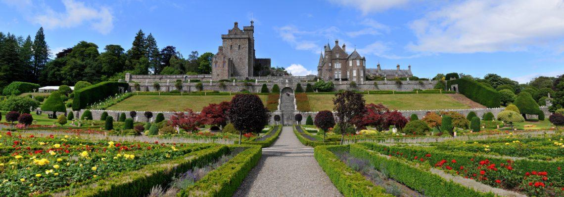 drummond castle garden